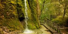Wasserfall eingefroren