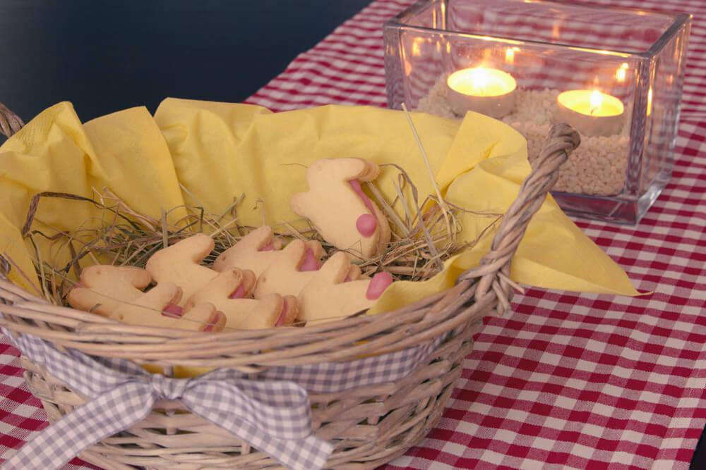 Osterhäschen mit Himbeerfüllung