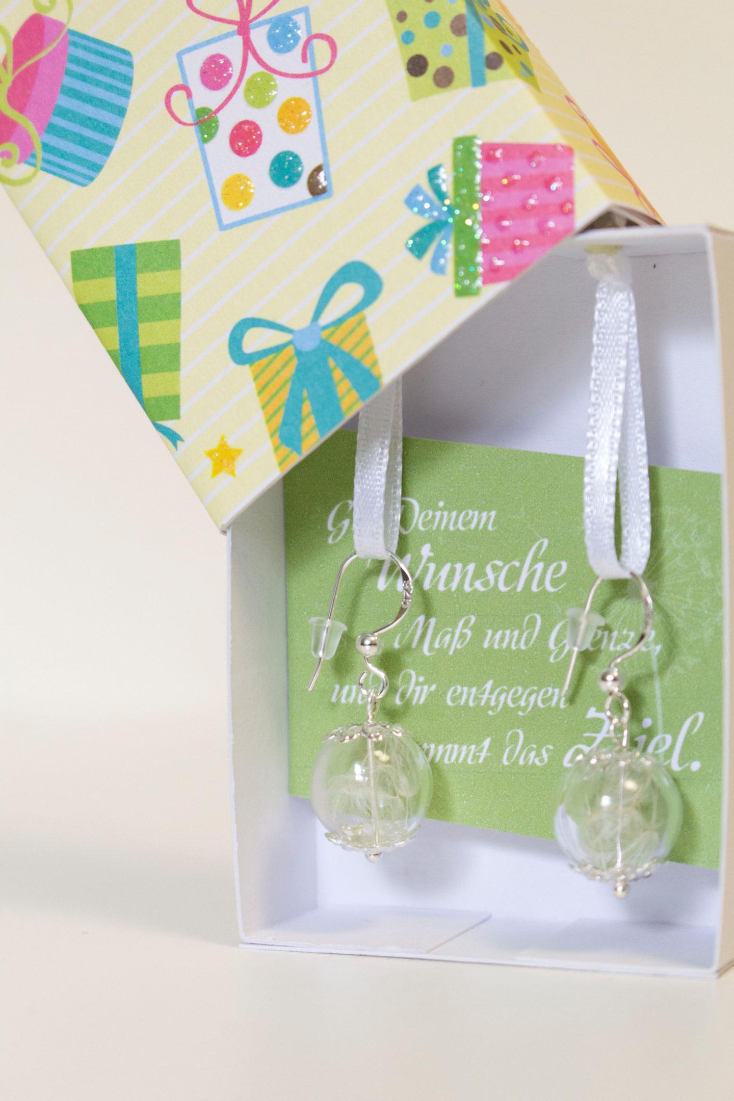 Geschenk Freundin | Ohrringe in einer Schachtel